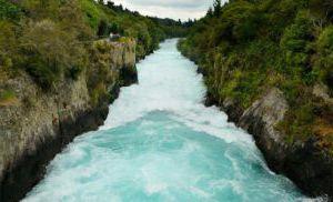Les « Huka Falls » en Nouvelle-Zélande (Taupo)
