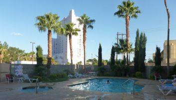 les-plus-belles-piscines-a-las-vegas