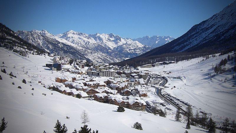 vacances hiver - skier à montgenèvre