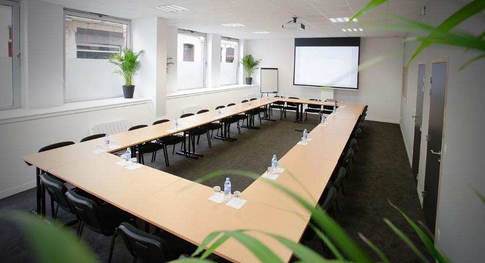 salle de réunion, conférence, séminaire et formation