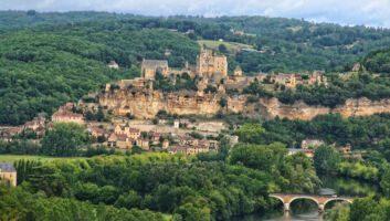 Camping : 4 raisons de partir en Dordogne en famille